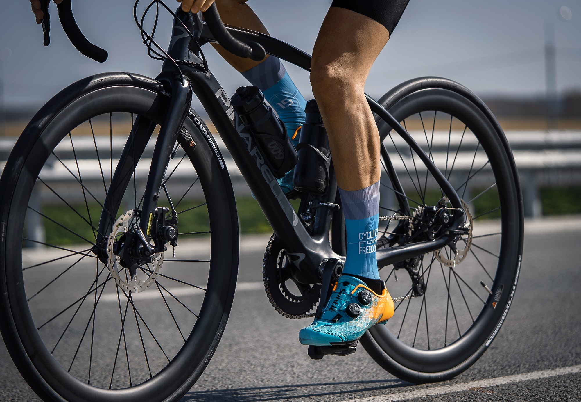 Stay ready for the ride adventure in the Alpha Road Shoes. #CyclingShoe  #roadshoe